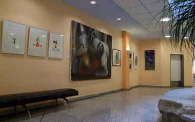 UnerwArtet Moderne Kunst aus Ost und West